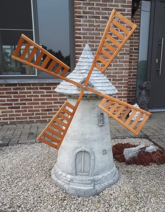 388 windmolen groot
