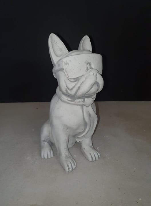 H1019 franse bulldog met bril 37 cm